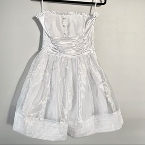 Betsy Johnson White Short Strapless Dress
